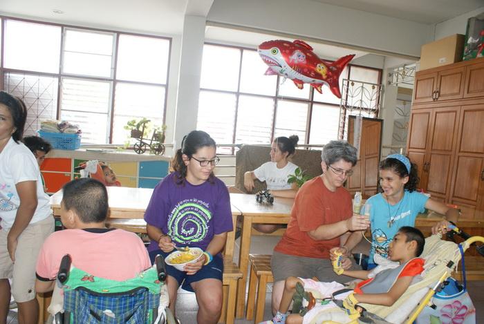 casa degli angeli - thailandia -volontari - carlini